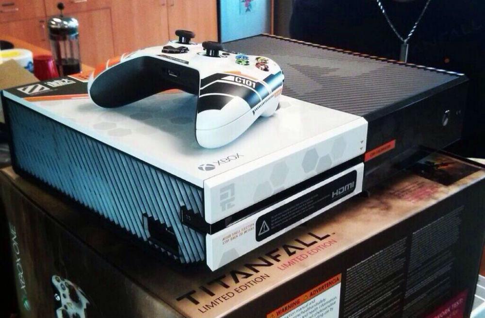 Xbox One im Titanfall Design