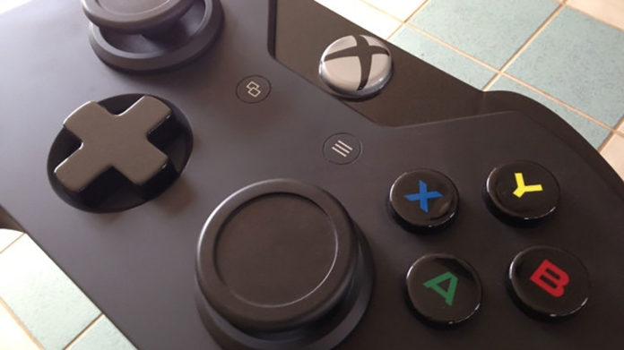 handgemachter game controller tisch im xbox one controller design. Black Bedroom Furniture Sets. Home Design Ideas